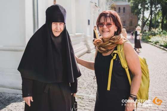 TRAVELLER_LOCALS_CHURCH_KYIV_UKRAINE