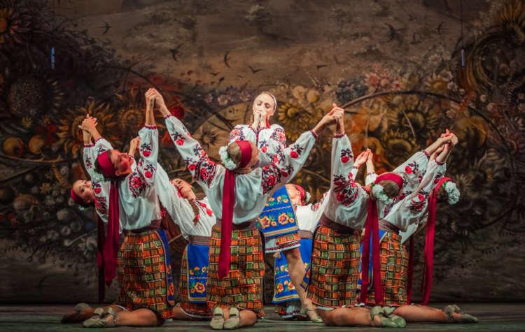 MUST READ: Ukrainian Dance & Culture Festival Wows Lviv