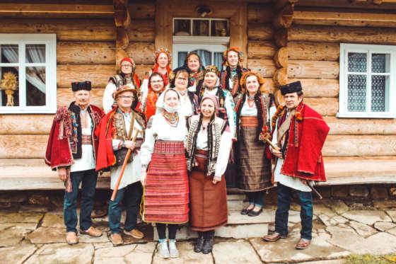 BABYN_CARPATHIANS_UKRAINE_COSTUMES_FOLK_TRAVELLERS_EDIT (11)