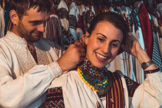 BABYN_CARPATHIANS_UKRAINE_COSTUMES_FOLK_TRAVELLERS_EDIT_WOMAN (15)